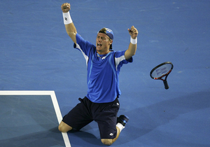 Lleyton Hewitt Goes The Distance To Reach Australian open  Fourth Round